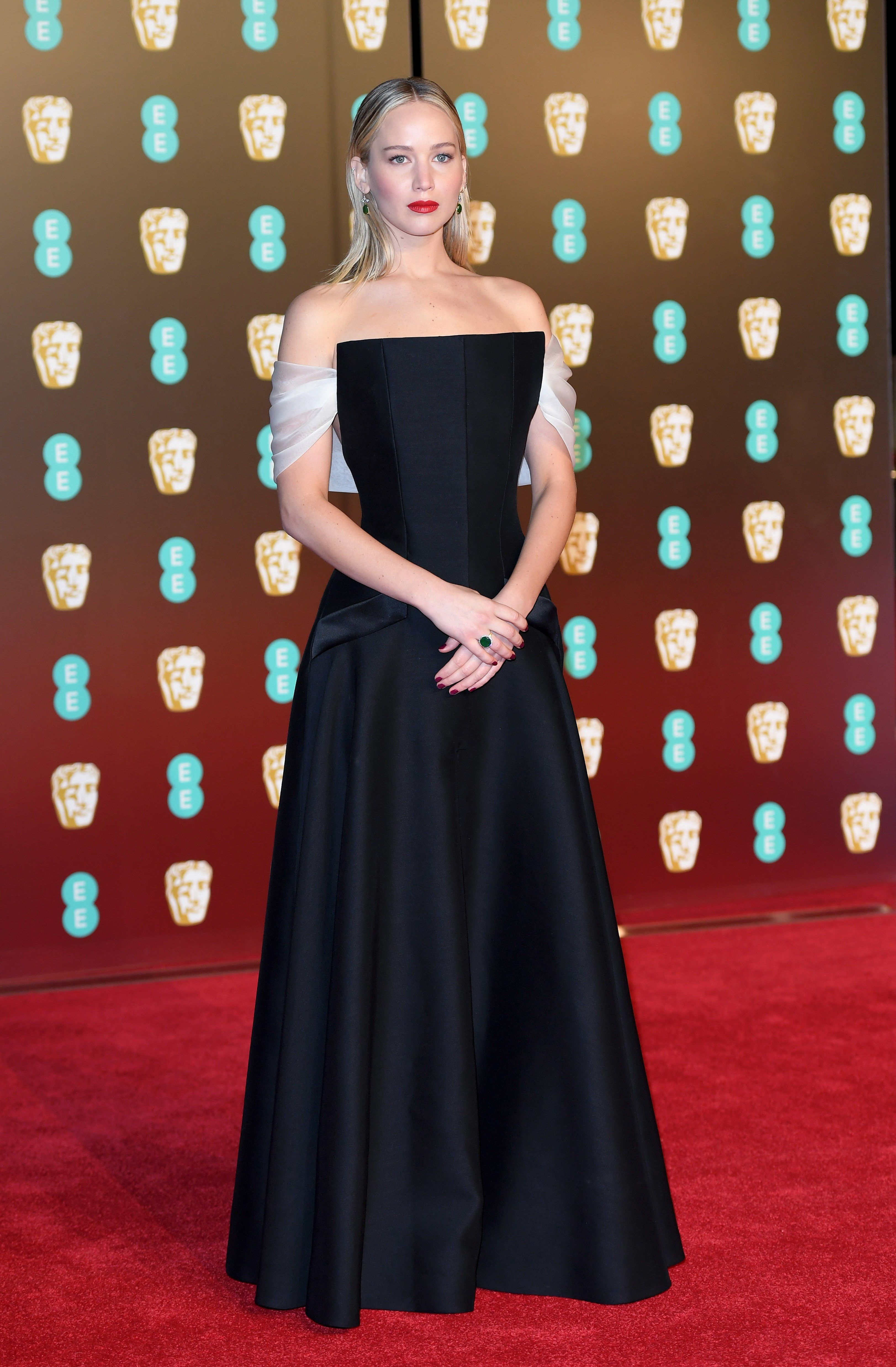Bafta Red Carpet 2018 See Jennifer Lawrence Angelina Jolie And More Actresses In Black Dresses Celebrity Style