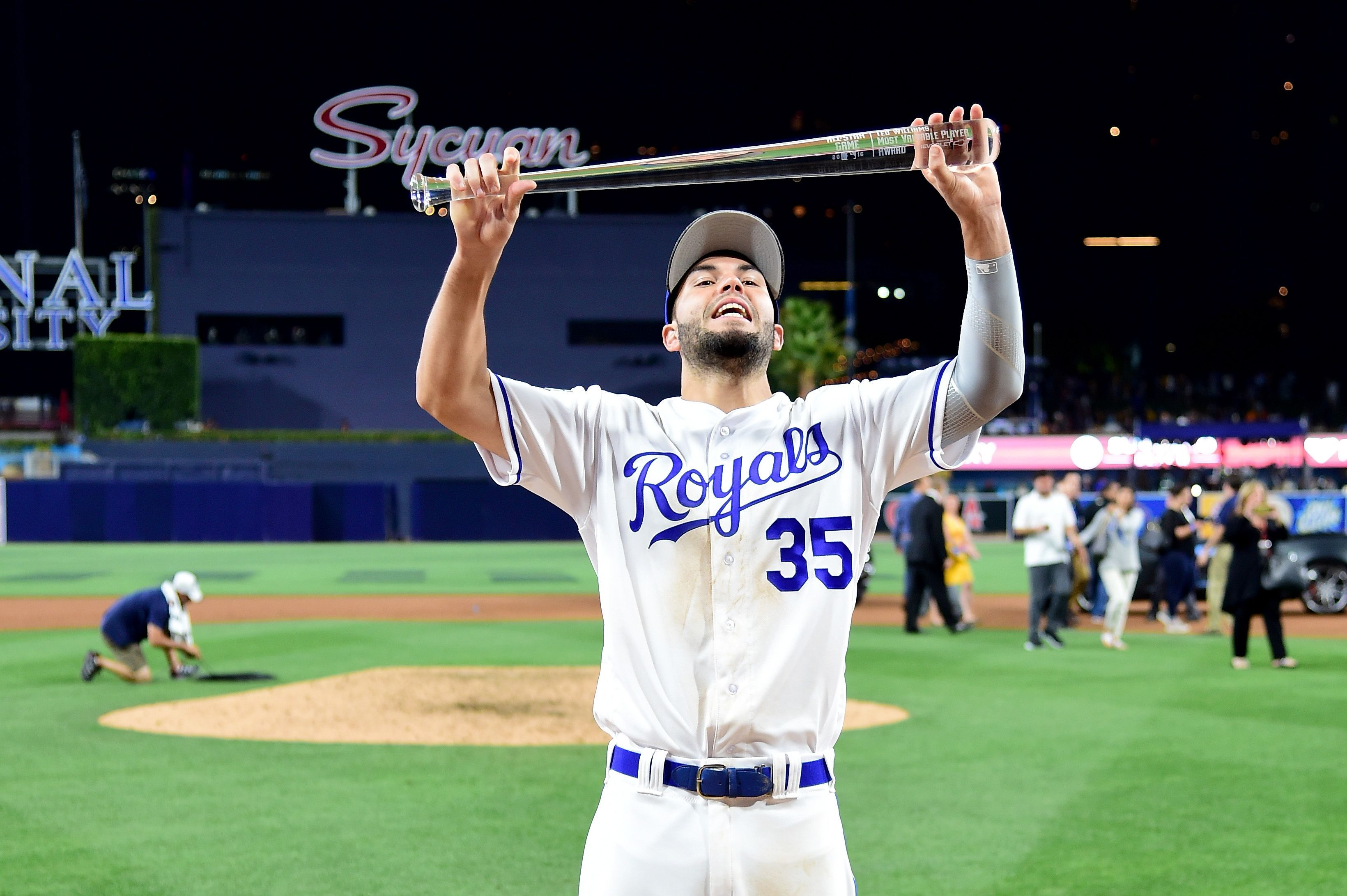 Before Winning All Star Mvp Eric Hosmer Hit A Ball So Hard It Tattooed His Bat Kc Royals Baseball Hosmer Eric Hosmer