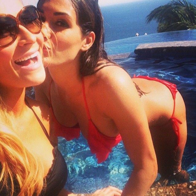 Cena dating bella twin 4