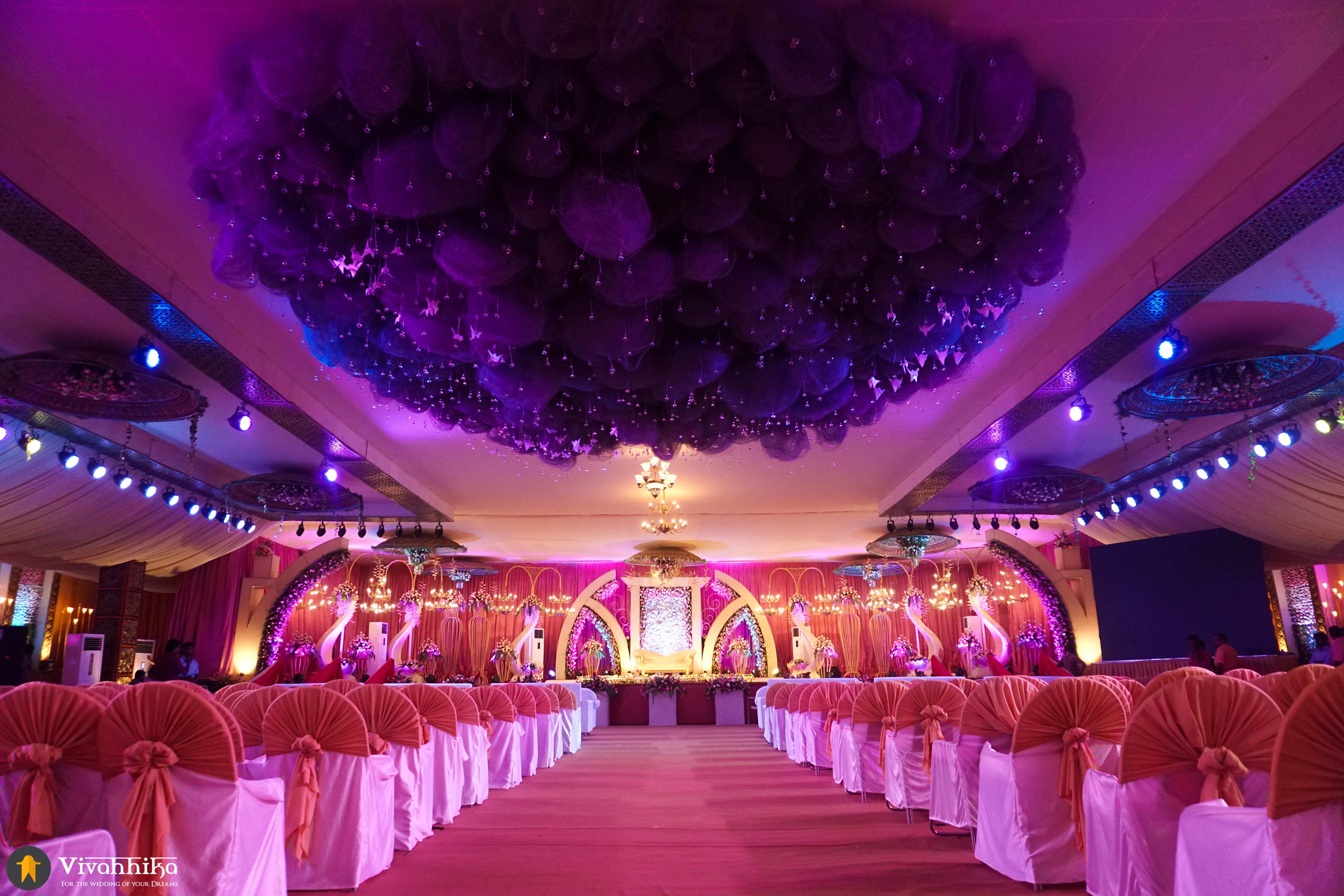 Wedding decorations for hall   Wedding Themes From Vivahhika To Make Your Big Day Look Merrier
