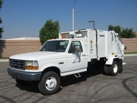 1996 Ford F Super Duty Garbage Truck With Wayne 6 Yard Rear Loader 7 8l 245hp Gas Engine Automatic Transmission Under C Garbage Truck Trucks Trucks For Sale