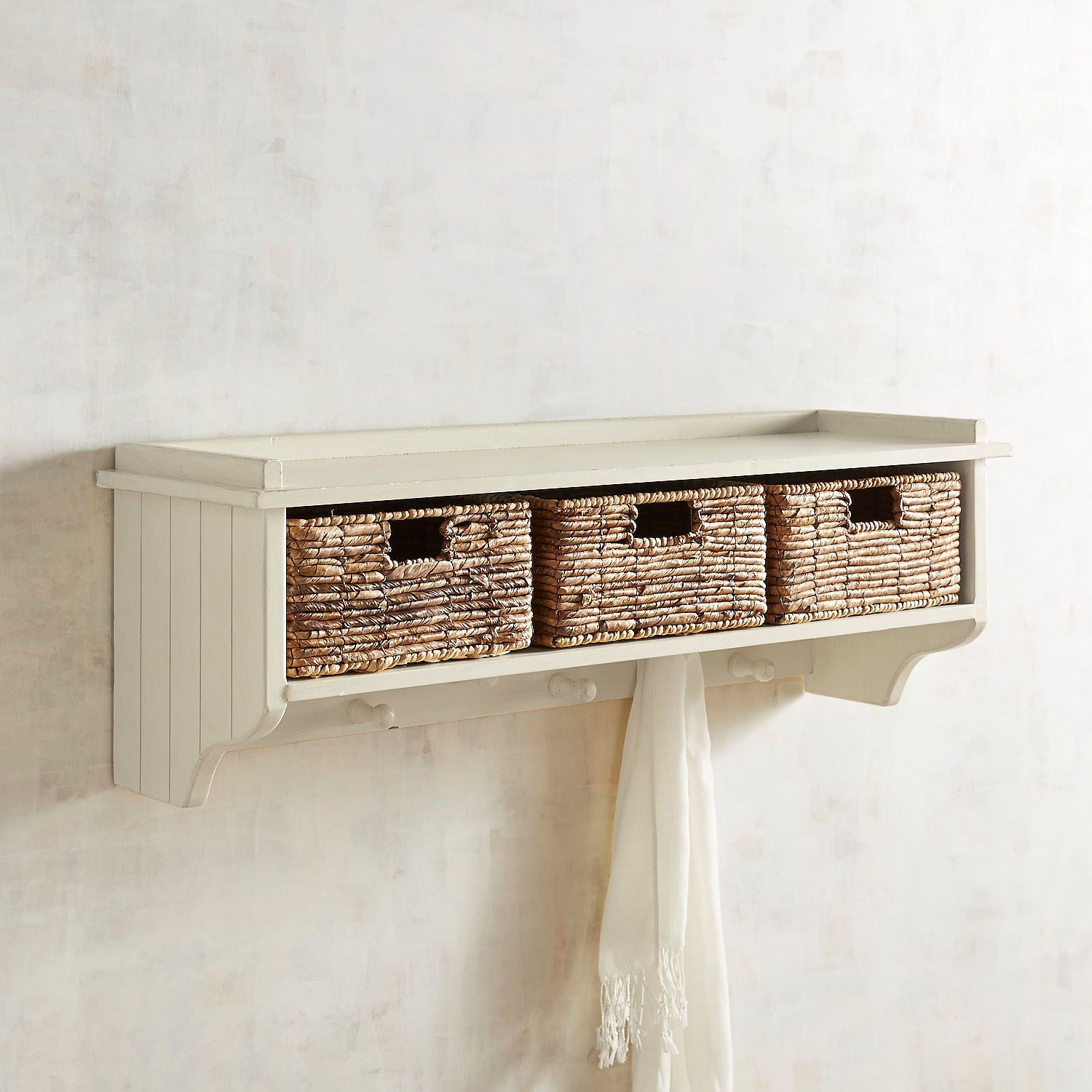 Holtom Antique White Wall Shelf With Baskets