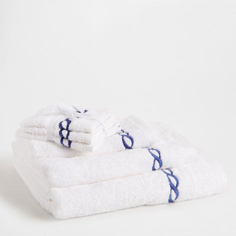 EMBROIDERED NAVY CHAIN TOWEL - Towels & Bathrobes - Bathroom | Zara Home Croatia