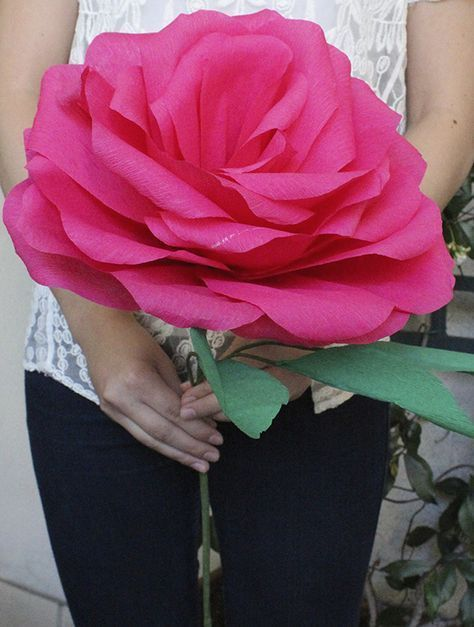 DIY: Giant Paper Rose For Your Wedding Bouquet #crepepaperroses diy, giant paper rose, wedding, flower, craft, do-it-yourself, rose, crepe paper, green, leaf, leaves, flower stem, bouquet, wedding flower alternative, unique wedding ideas, rose bud, pink, flower petals, rose petals, teardrop petals, rose stem, floral tape, rose bloom, paper rose, paper flower #crepepaperroses DIY: Giant Paper Rose For Your Wedding Bouquet #crepepaperroses diy, giant paper rose, wedding, flower, craft, do-it-yours #crepepaperroses