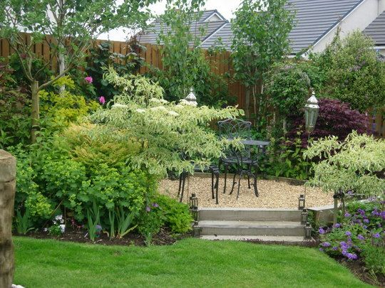 Beautiful small garden trees landscaping back yard for Beautiful small back gardens