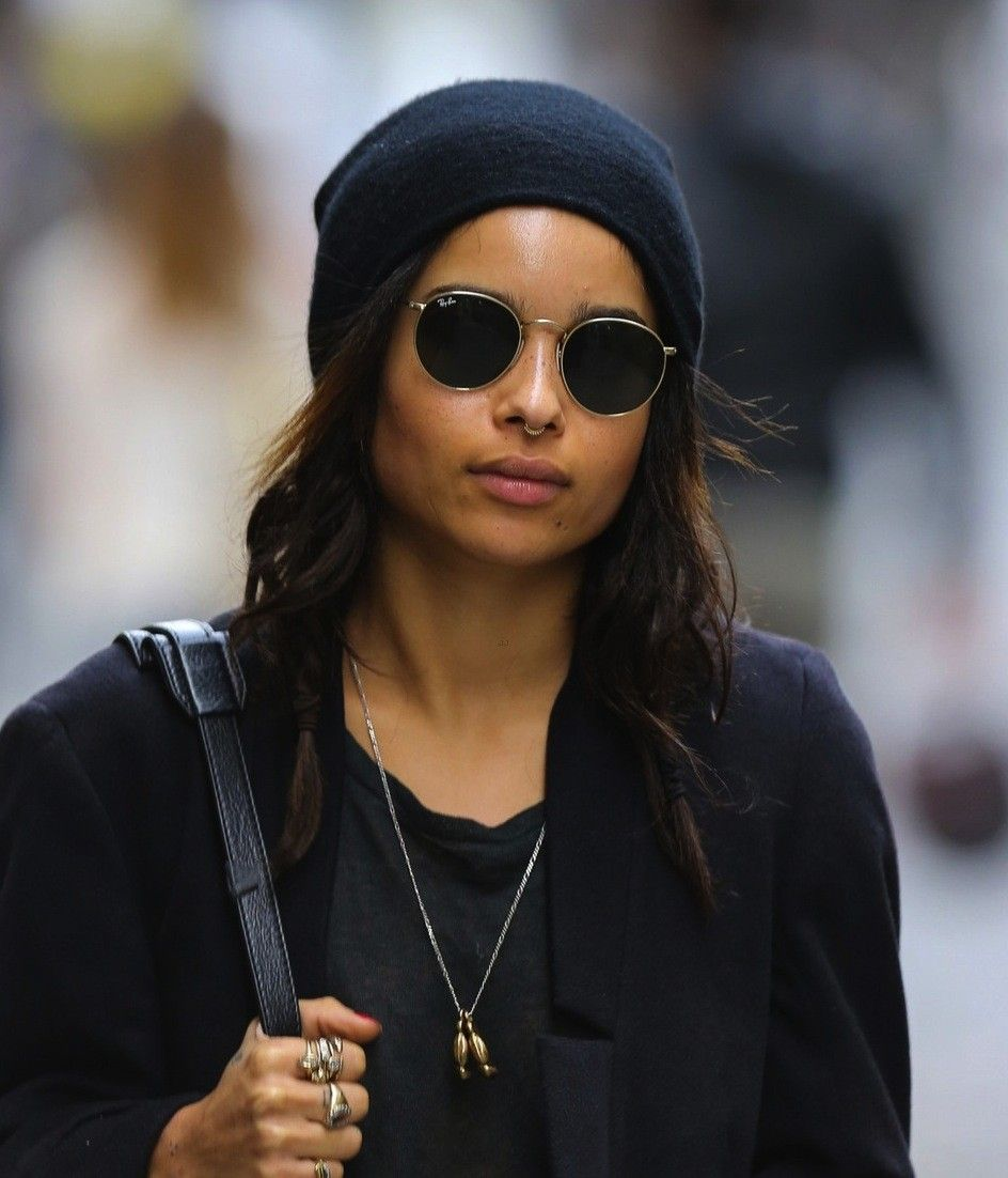 Pin By Maritza Silva On Glasses In 2019 Zoe Kravitz Round