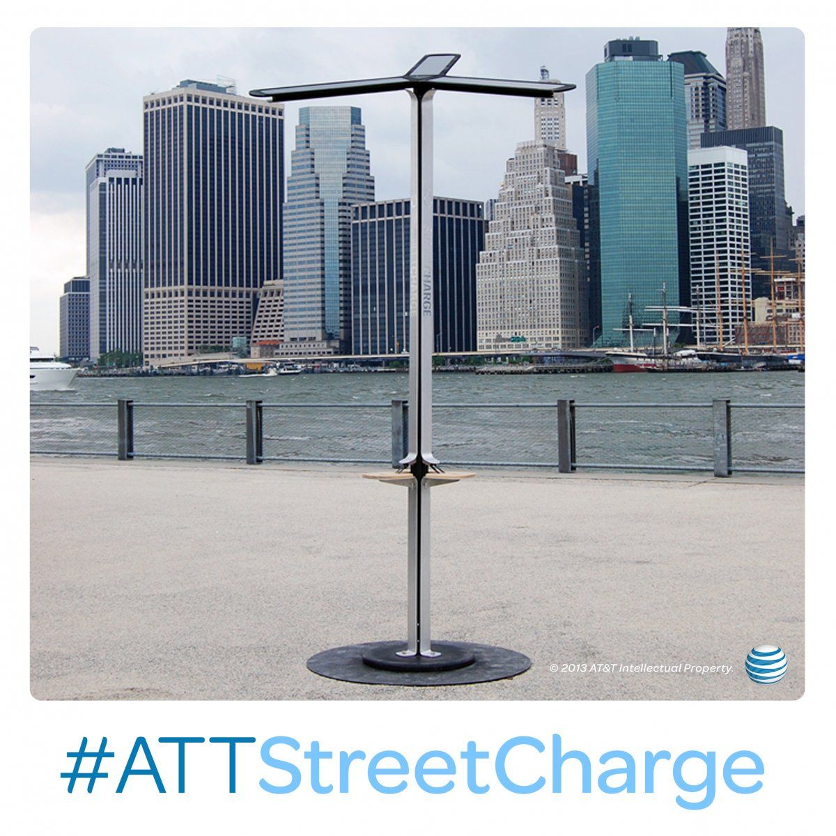 Att Street Charge Is Bringing Solar Powered Mobile Charging To Nyc As Part Of A Pilot Initiative Combined With Our F Solar Technology Free Solar Solar Energy