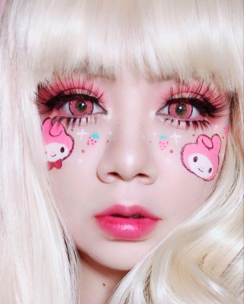 """Photo of 🍓•kokoa•🍓 on Instagram: """"Hace días hice este make up mágico, el maquillaje me quedo súper bien sellado ya que utilice el polvo translúcido de @_salem_makeup_ ,amo…"""""""