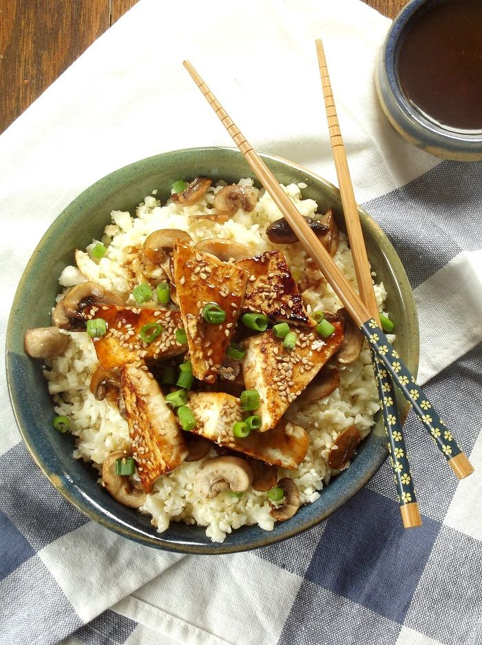 Hoisin tofu with mushrooms and cauliflower rice
