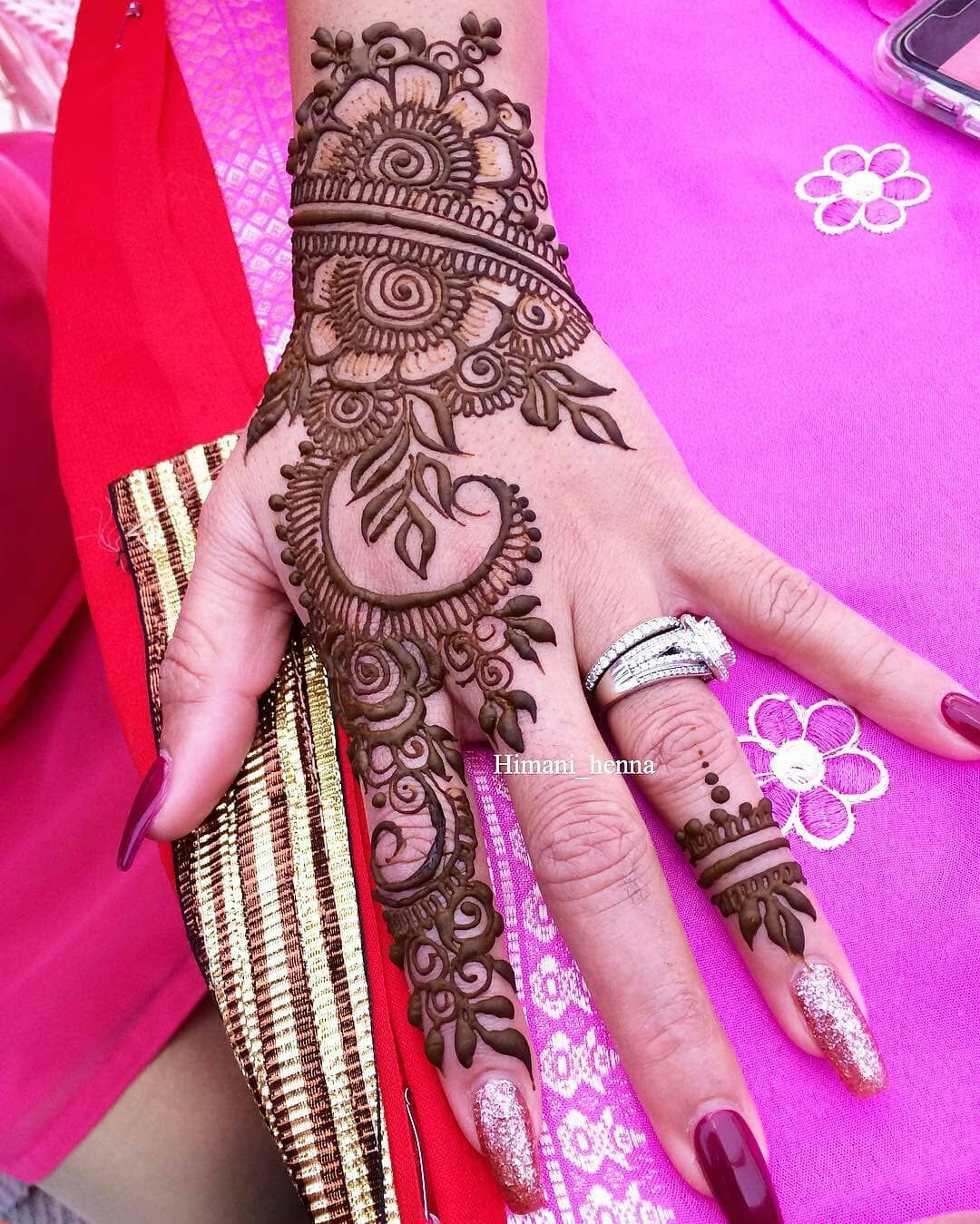 Regrann from himanihenna hennalove hennaartist henna