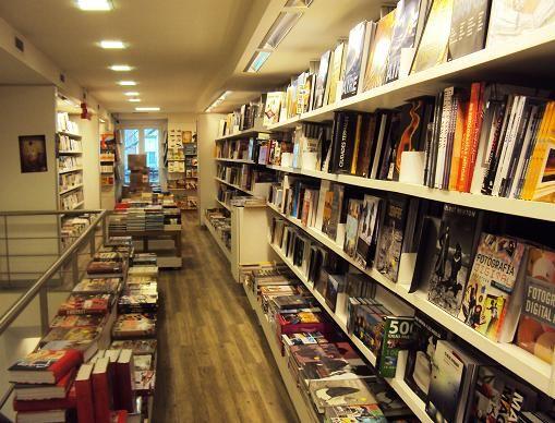 571d4ccaa70 Books Center en Madrid: ¿Cómo te suena 3 libros por 10 euros? |  DolceCity.com