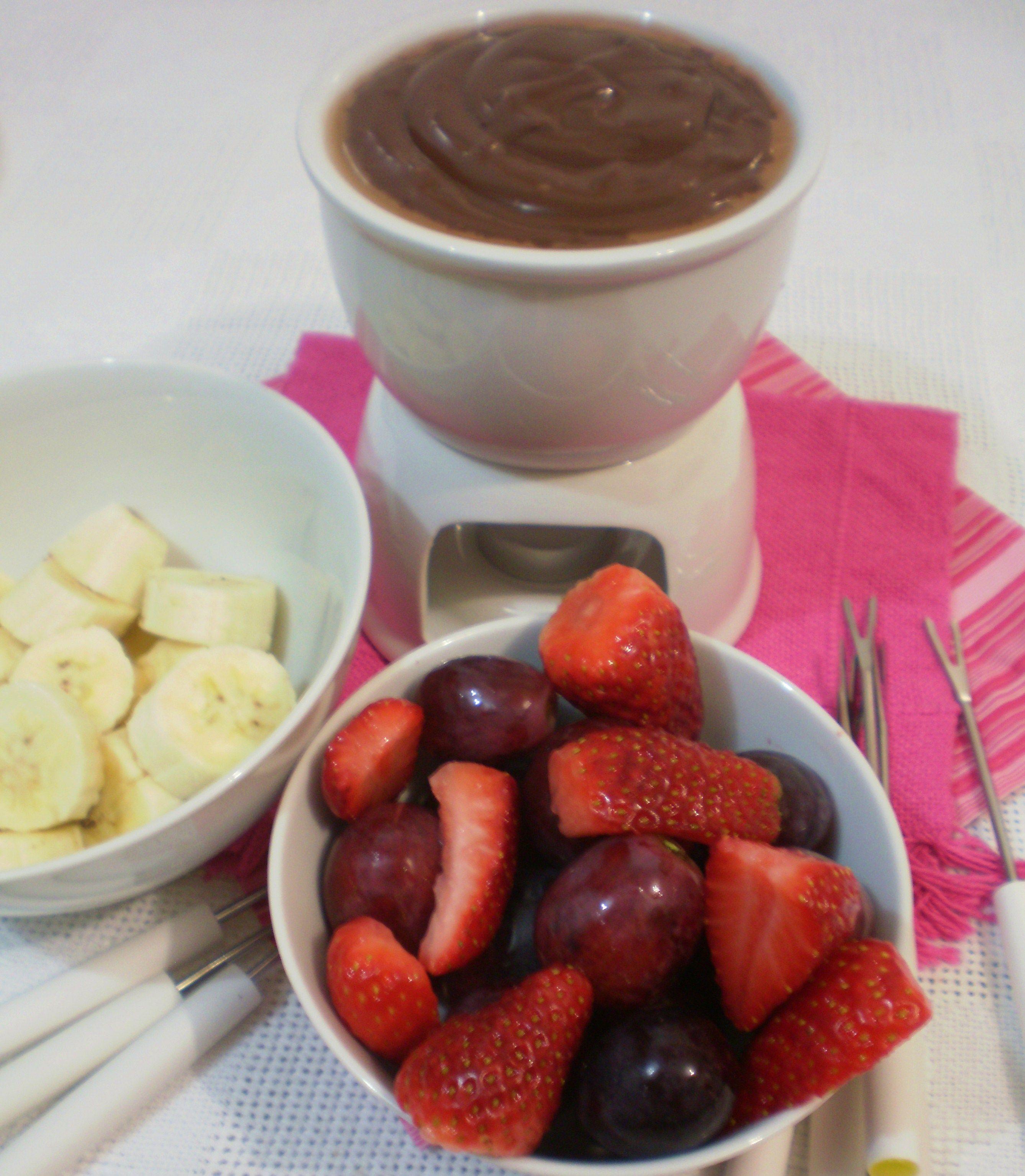 Fondue de chocolate caseiro blog figos funghis meus - Fondue de chocolate ...