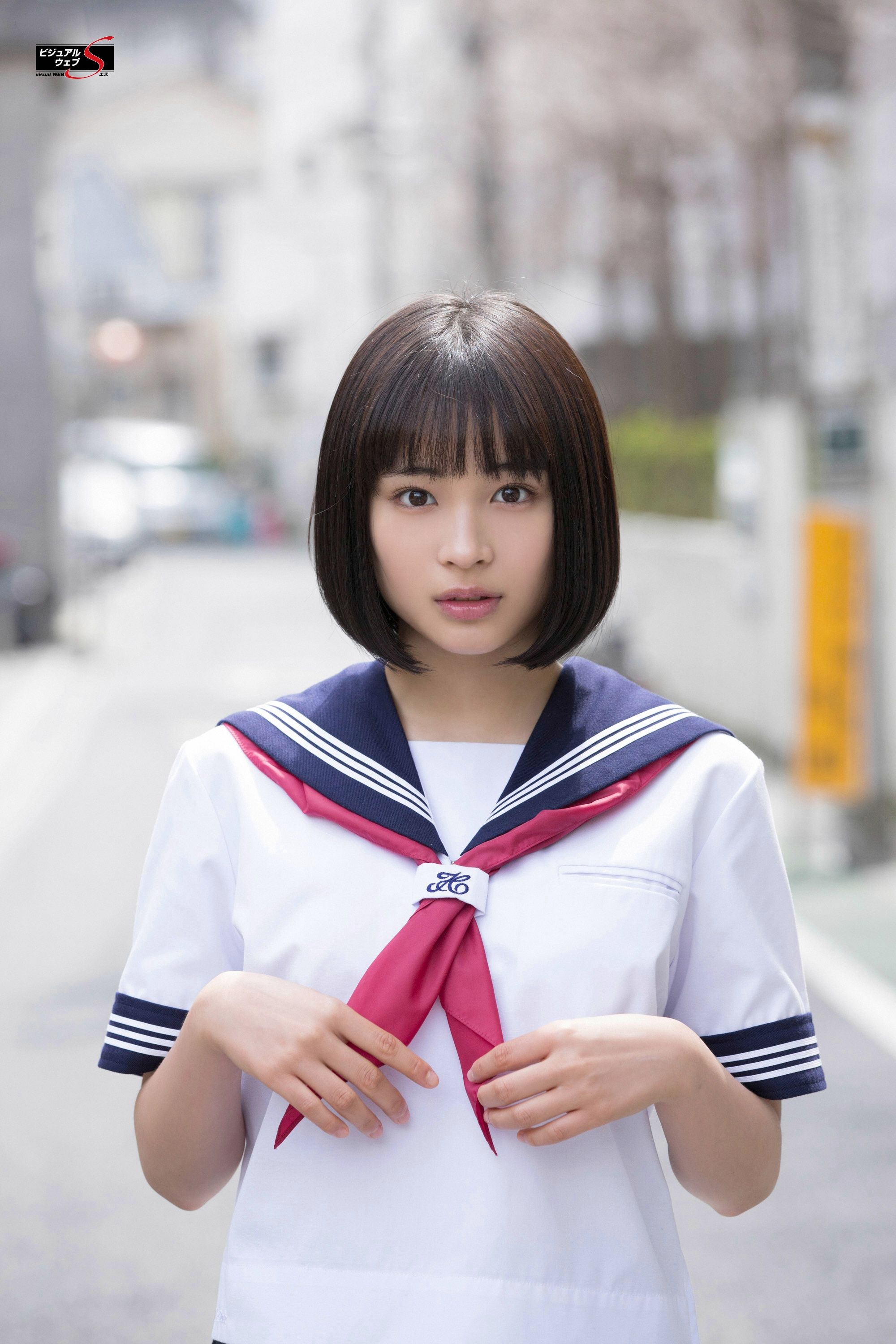 JAV Idol Parts Ways With Family And Lover To Pursue A Career In Porn