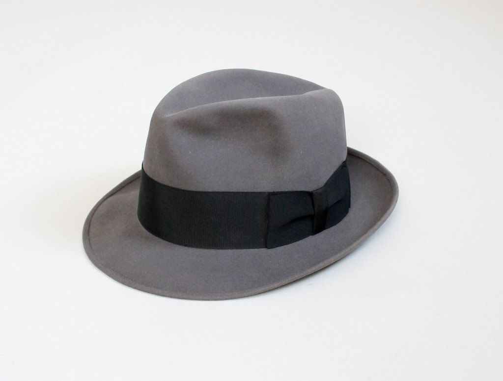 d3f1b6bd079ce7 Vintage 1950s Mens Grey Dobbs Fedora. 1950 Mens Fashion, Butch Fashion,  Black Leather