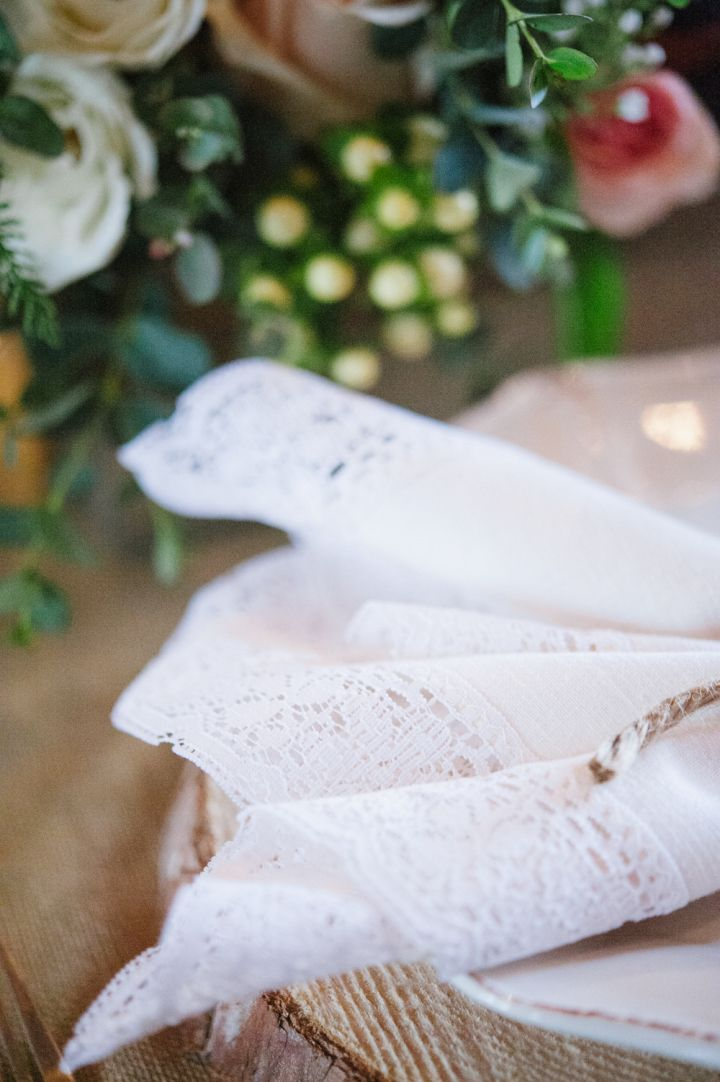Lace Napkins | Wedding Table Decorations | fabmood.com #wedding #rusticwedding #weddingstyle #ido #weddinginspiration