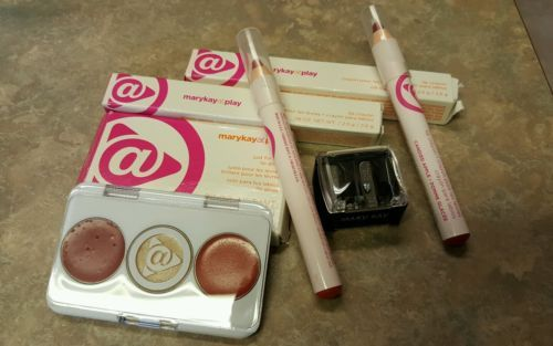Mary Kay At Play Lip Lot 4 items Just for lips Lip Crayons & Pencil Sharper  https://t.co/PfBDzSC6DI https://t.co/1a4qf70dbk