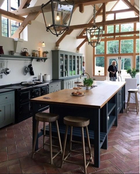English Cottage Kitchen Designs: New DeVOL Kitchen. Amazing!