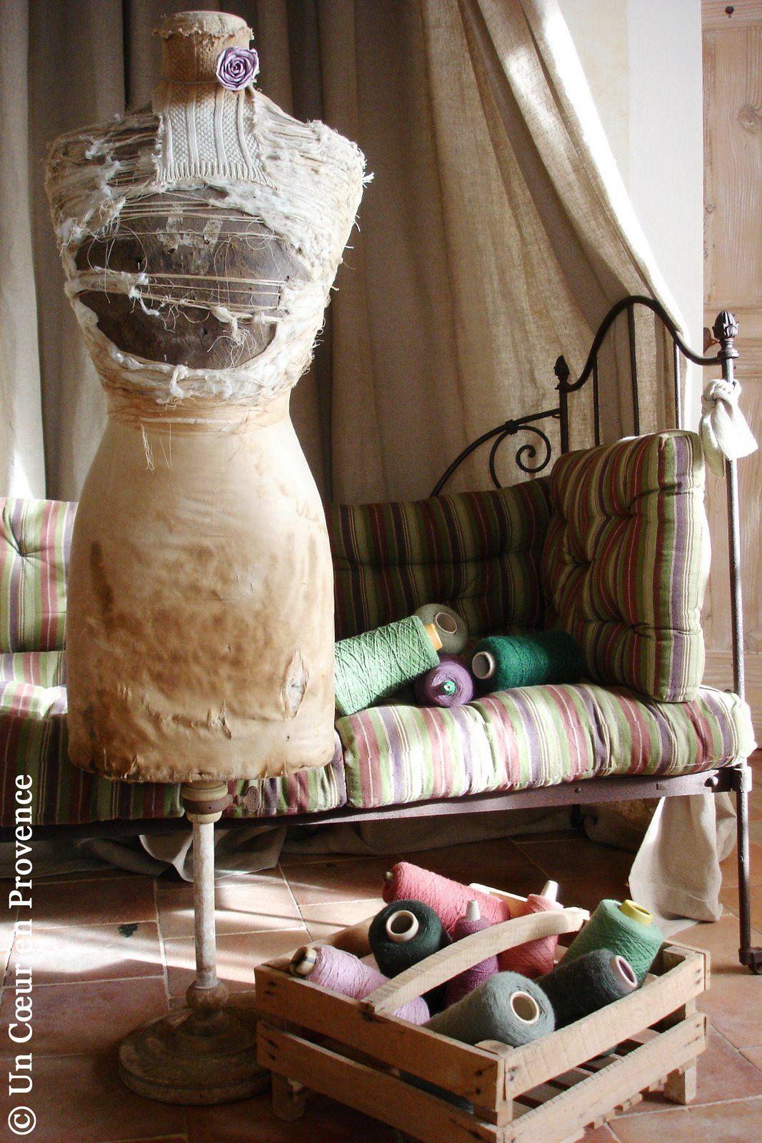 faire son propre mannequin de couturiere diy pinterest mannequin buste et faire. Black Bedroom Furniture Sets. Home Design Ideas