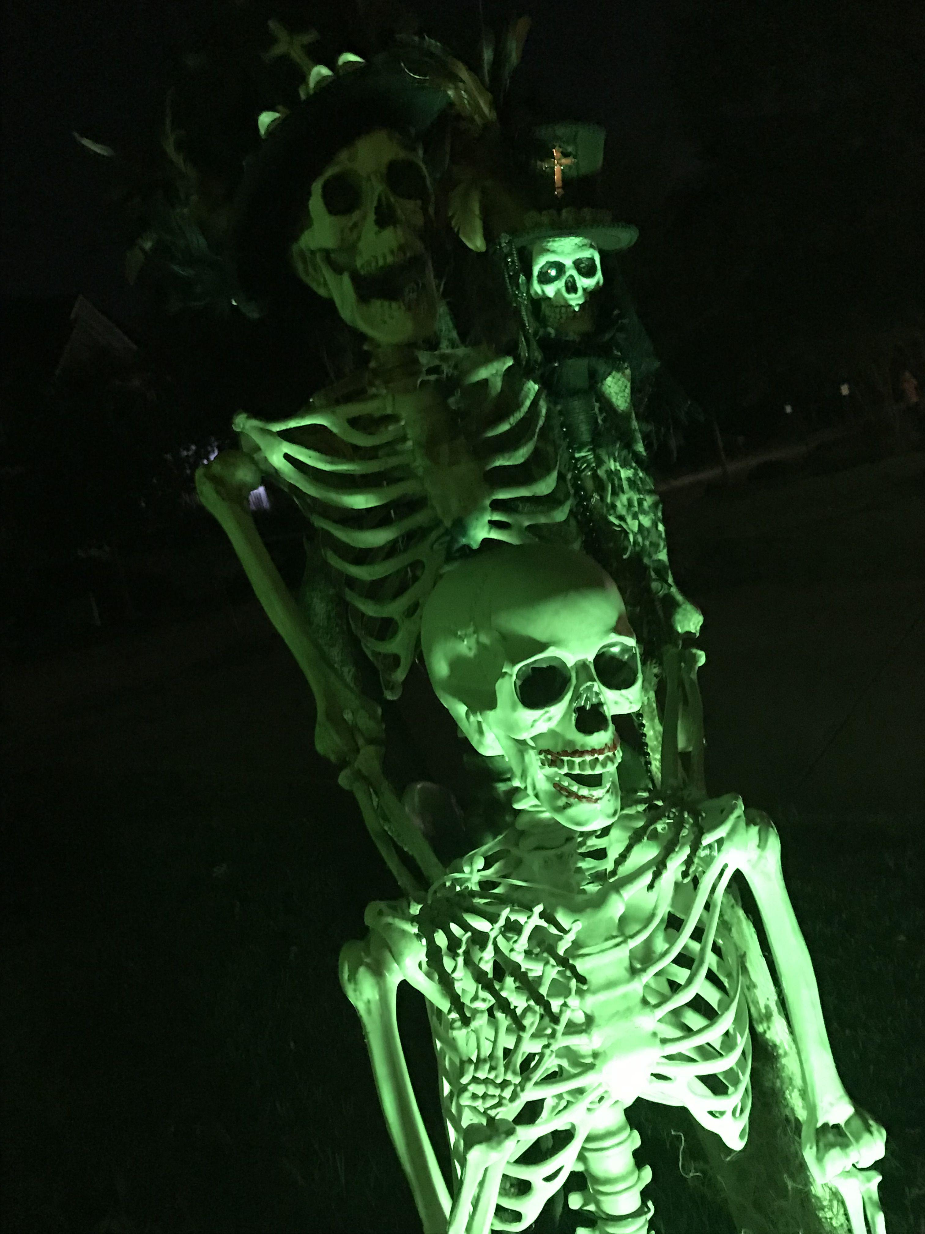 Halloween 2017 #Homehaunt #Halloween #Dyi #Decorations #Hauntedmansion #Halloweenprops #Graveyard