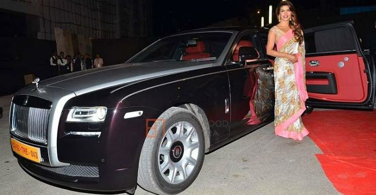 Priyanka Chopra Nick Jonas And Their Multi Crore Cars Rolls Royce To Dodge Challenger Expensive Cars Rolls Royce Most Expensive Car