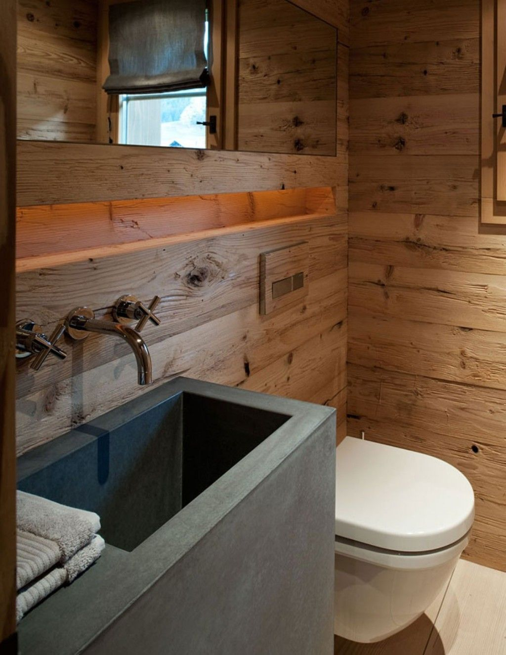 Wooden Traditional Bathroom Mix With Modern Appliances Of White Wall ...