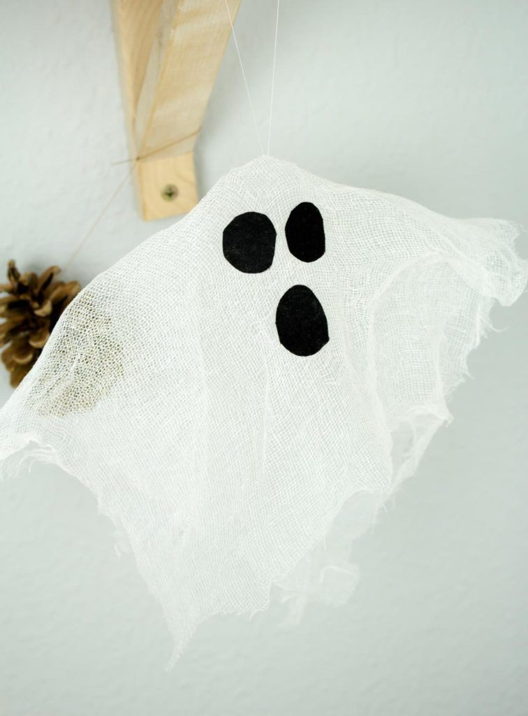 DIY Halloween Deko: Schwebende Geister basteln #geisterbasteln DIY Halloween Deko: Schwebende Geister basteln #geisterbasteln DIY Halloween Deko: Schwebende Geister basteln #geisterbasteln DIY Halloween Deko: Schwebende Geister basteln #geisterbasteln