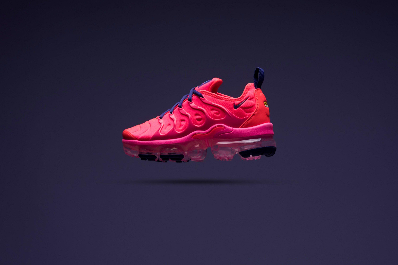 WMNS Nike Air Vapormax Plus - Pink
