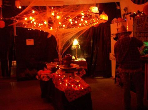 What do you think? Party- Halloween Pinterest Halloween - halloween garage ideas