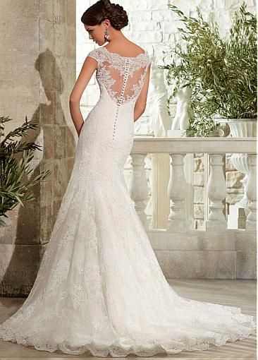 Glamorous Tulle Scoop Neckline Natural Waistline Mermaid Wedding Dress With Lace Appliques