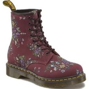 Dr Martens Womens Red Canvas Boot Boots Castel 8 Eye Cherry Belladonna Fine