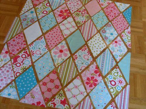 Great tutorial on a diamond quilt | QUILTS | Pinterest | Diamond ... : diamond quilt block pattern - Adamdwight.com