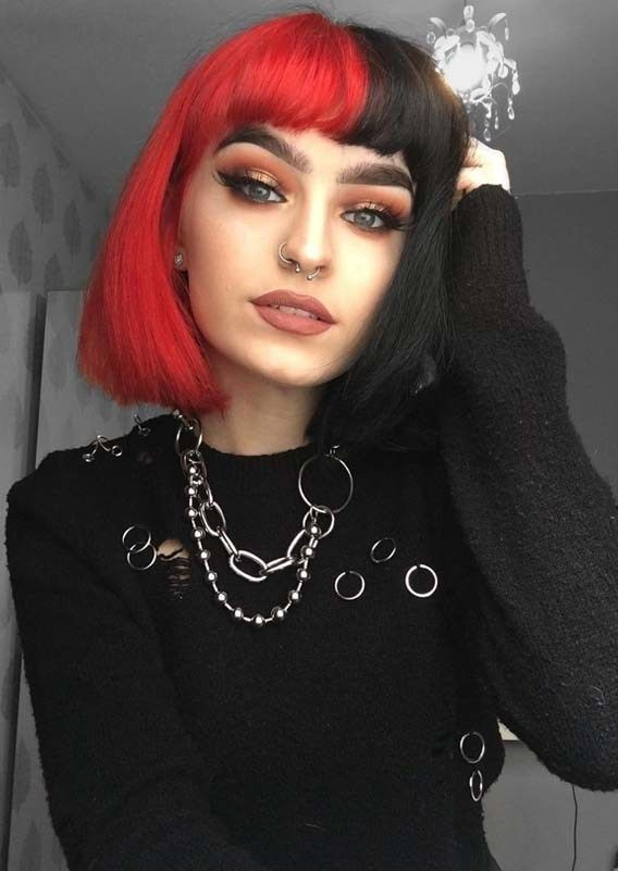 Hottest Two Toned Short Bob Haircuts With Bangs In 2018 Stylesmod Two Toned Hair Half Dyed Hair Split Dyed Hair