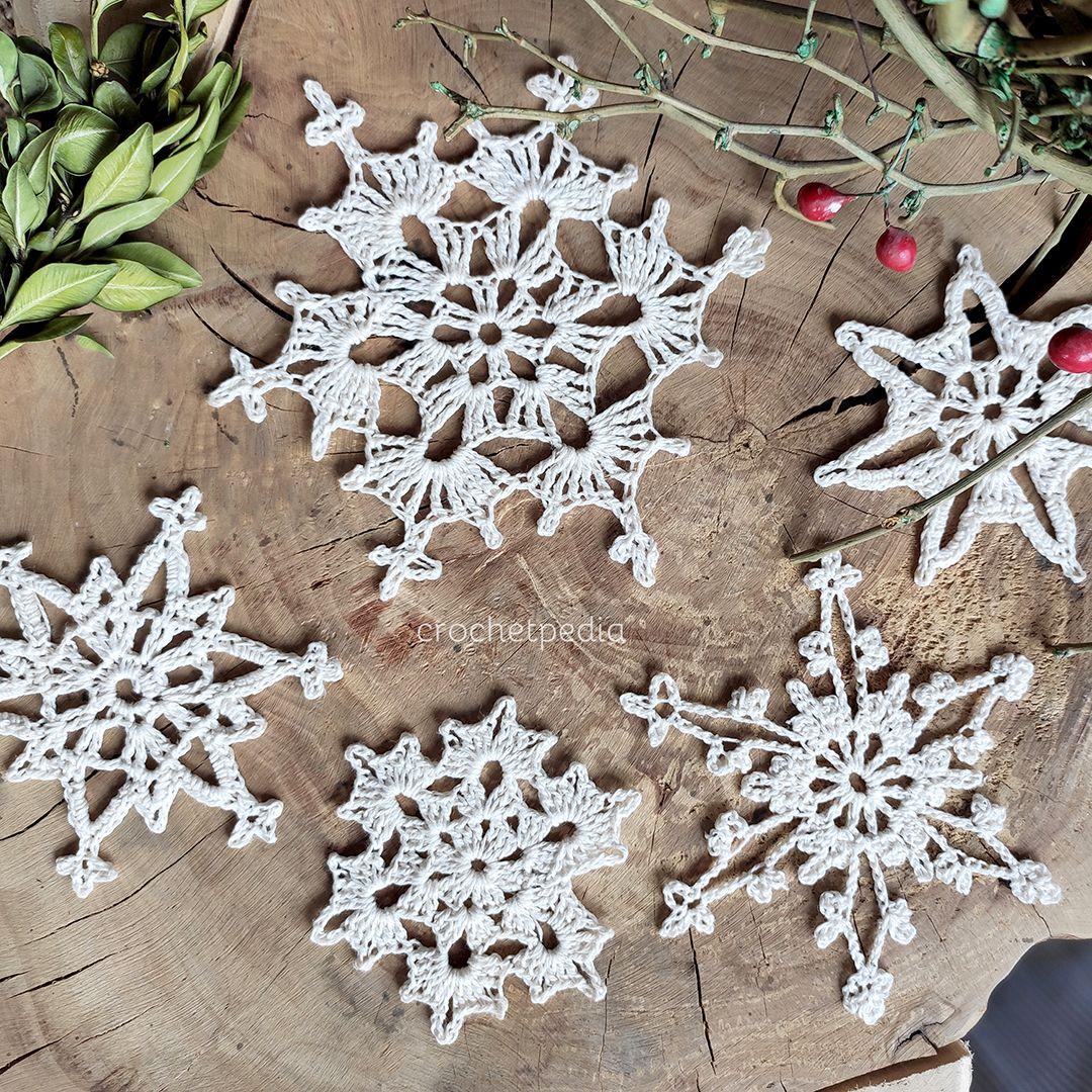 Crochet Snowflakes Mini Cal Free Patterns Crochet Snowflakes Christmas Crafts Christmas Crochet