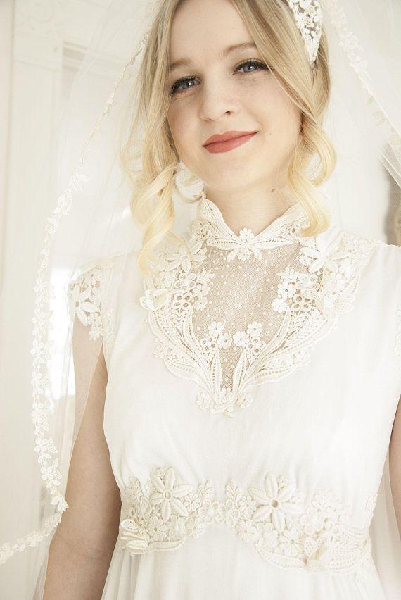 Vintage cap sleeve wedding dress short sleeveless floral lace ...