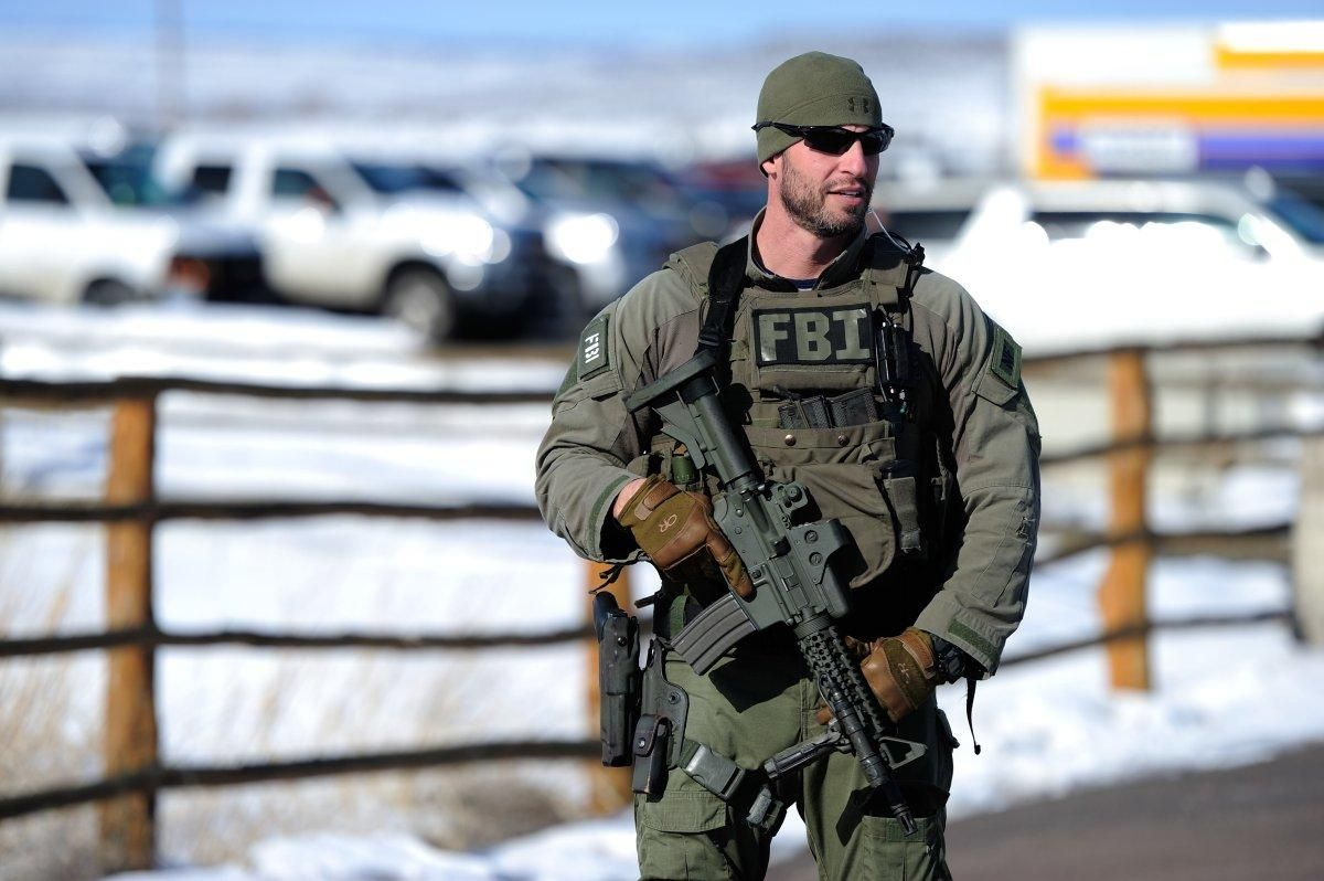 FBI agent during the Malheur National Wildlife Refuge ...