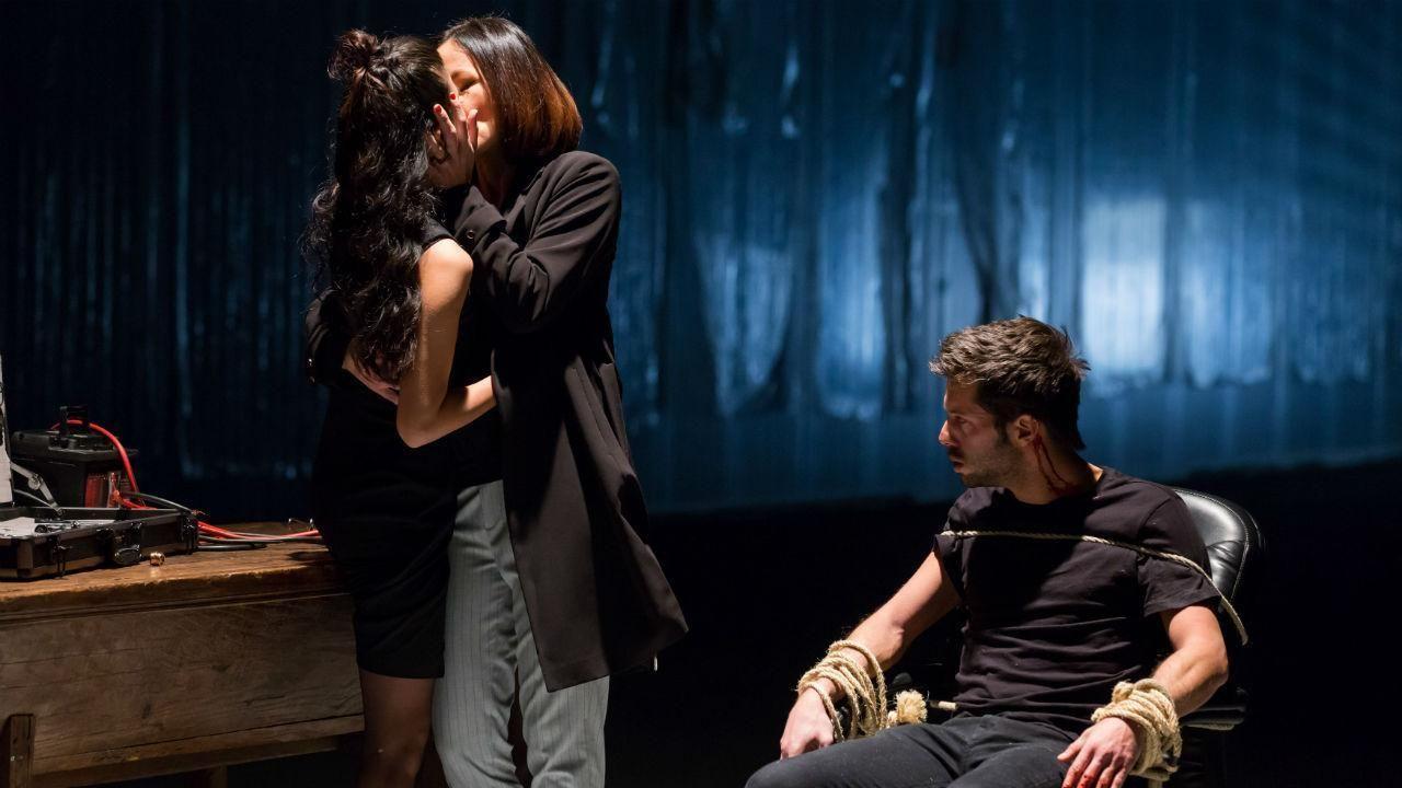 Jani Zhao Como Susana Wang Anna Eremin Como Catia Sobral Em Jogo Duplo Dupla Aleatoria