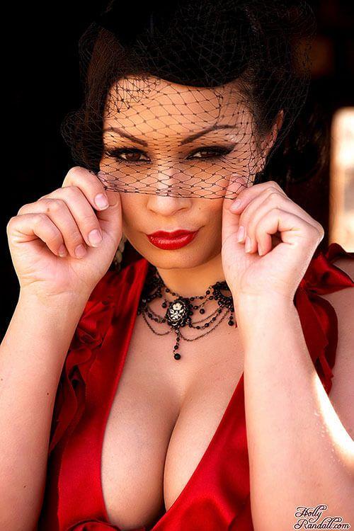 ariya-dzhovanni-foto-smotret-pornuha-seks-pevitsami