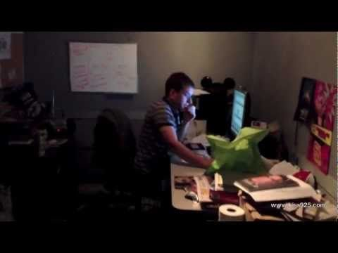 Funniest Video Watch A Co Worker Get Scared Everyday Funny