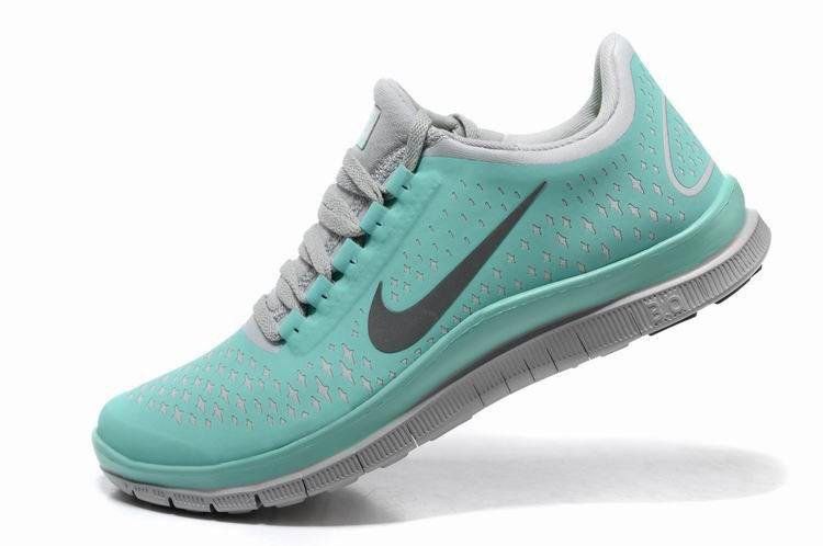 bd512d82455e Mint Green And Gray Nike Free Runs