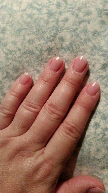 Natural Looking Acrylic Nails All Powder No Polish All Medium Pink Powder With A Clear Natural Looking Acrylic Nails Clear Acrylic Nails Glitter Gel Nails