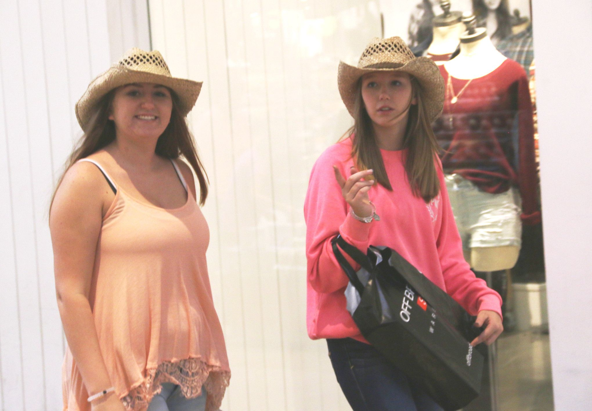Searching for fall trendy styles at Opry Mills Mall, Nashville, TN – GSN Photography