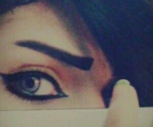 Pin By Taskeen Shaikh On Dpz Beautiful Eyes Pics Beauty Eyes Attractive Eyes
