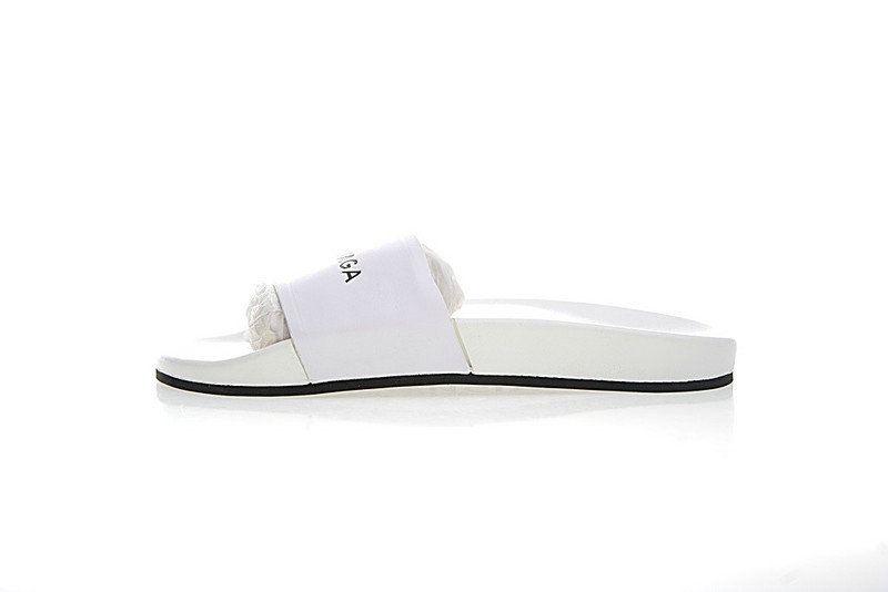 Unisex Balenciaga Logo Leather Slip-On Sandals White Black 72ZE-C329 ... e92b2f30f0