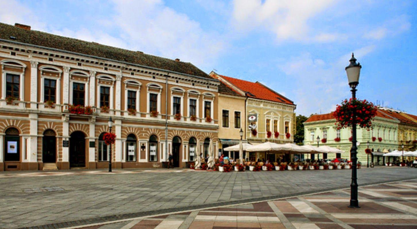 Slavonski Brod Je Divan Grad Na Rijeci Savi Sijecanj 2015 Slavonski Brod Croatia City