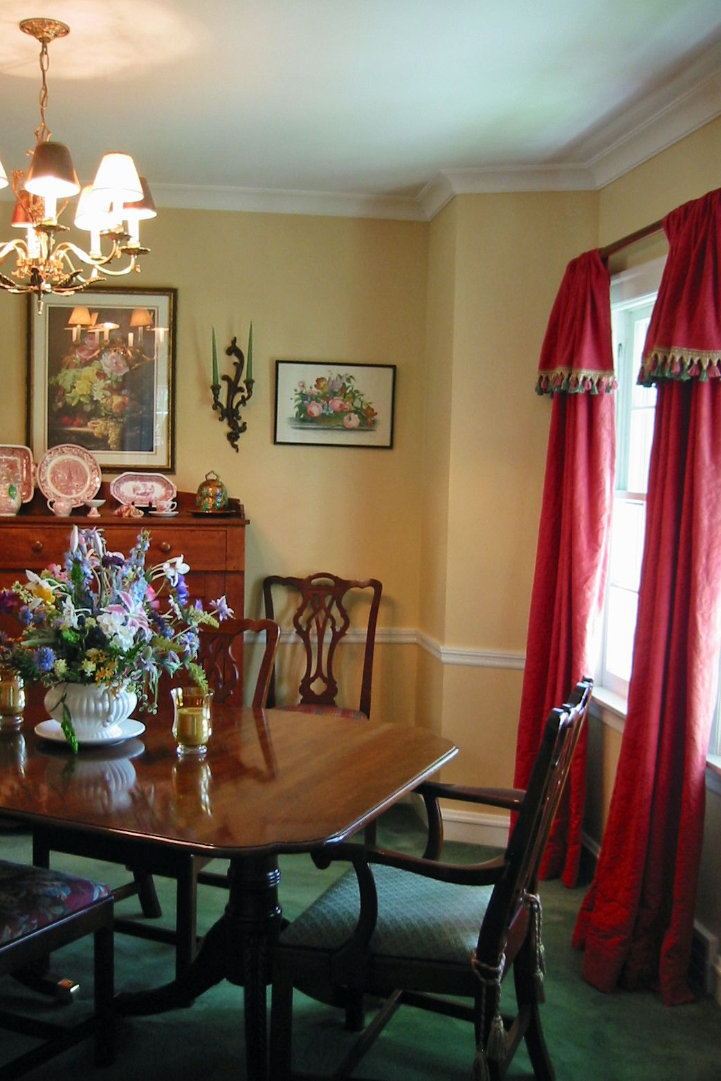Cool Vintage Dining Room Wall Paint Color Ideas With Soft Yellow Overlooking Red Vertical Curtain