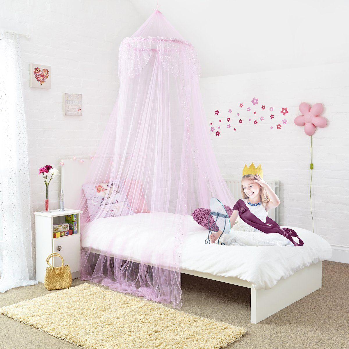 £20 Princess Bed Canopy - Beautiful Silver Sequined Childrens Bed Canopy in Pink - Quick & 20 Princess Bed Canopy - Beautiful Silver Sequined Childrens Bed ...