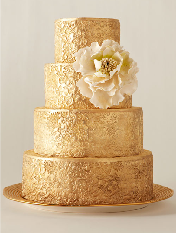 We Love Everything About This Fabulous Gold Wedding Cake Especially The Detail Of The Design And The Flower Accent Is The Perfect Ac Cake Cake Lace Gold Cake