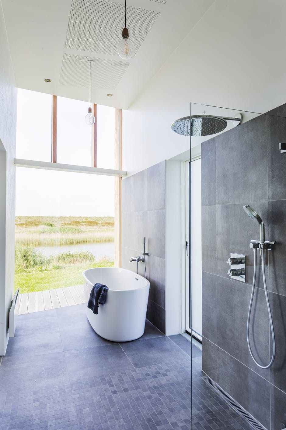 find out now what should you do for your modern bathroom rh pinterest com