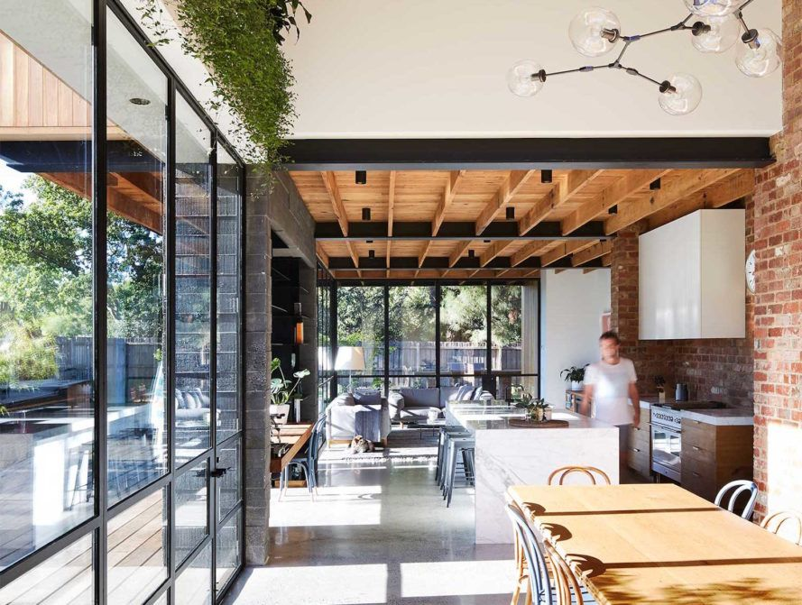 Architecture studio tenfiftyfive designed Park House a