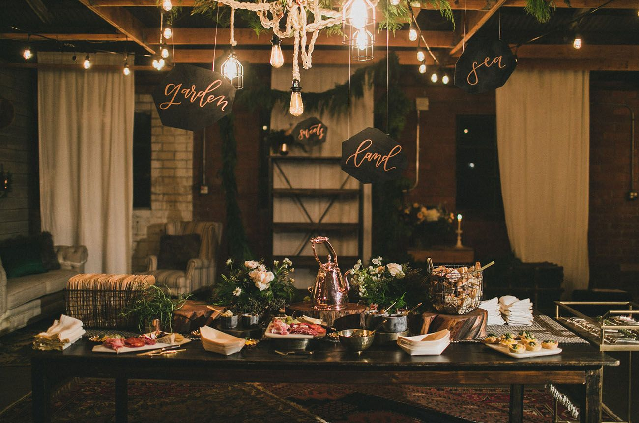 a cozy copper rose gold dinner party wedding tables event rh pinterest com